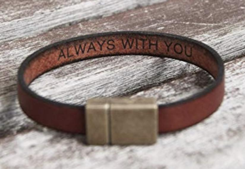 Leather bracelet with a message : Gift for boyfriend